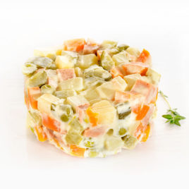 Оливье с вегетарианской колбасой 150 г