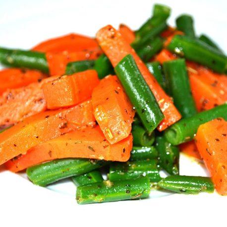 Спаржевая фасоль с морковкой