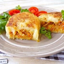 Зразы картофельные с капустой и сыром Панир
