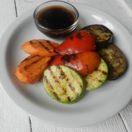 Овощи Гриль с азиатским соусом