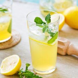 Чай имбирный с лимоном и мятой